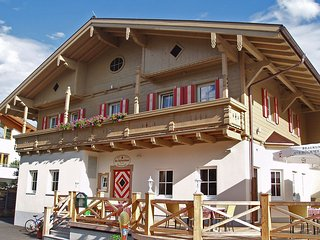 Comfortable Apartment in Altenmarkt im Pongau with Television, sleeps 6 - Altenmarkt im Pongau vacation rentals