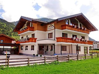 Comfortable 2 bedroom Apartment in Flachau with Internet Access - Flachau vacation rentals