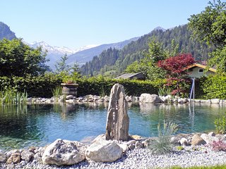 Romantic Apartment with Shared Outdoor Pool and Television in Bad Hofgastein - Bad Hofgastein vacation rentals