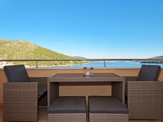 TROGIR, MARINA - apartment ELYSIUM 2 - Marina vacation rentals