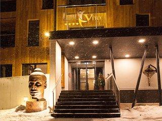 Bright Condo with Television and Balcony - Saalbach-hinterglemm vacation rentals