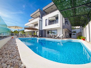 5 bedroom Villa with Internet Access in Makarska - Makarska vacation rentals