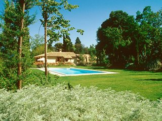 Comfortable Condo with Internet Access and Shared Outdoor Pool - Perugia vacation rentals