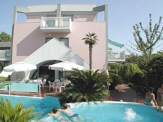 Bright 1 bedroom Vacation Rental in San Benedetto Del Tronto - San Benedetto Del Tronto vacation rentals