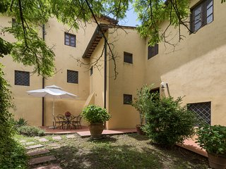 Apartment with two bedrooms and swimming pool in the Chianti area, apt. #7 - Montagnana Val di Pesa vacation rentals