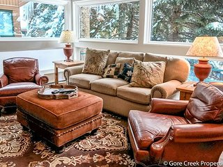 Convenient & Spacious Condo: great for families - Vail vacation rentals