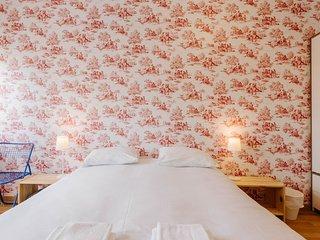 SPECIAL PRICE! Misha´s Place at Bairro Alto: Campo flat - Lisbon vacation rentals
