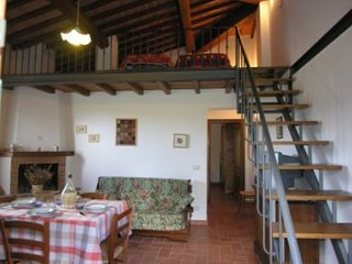Romantic 1 bedroom Lucignano Condo with Parking - Lucignano vacation rentals