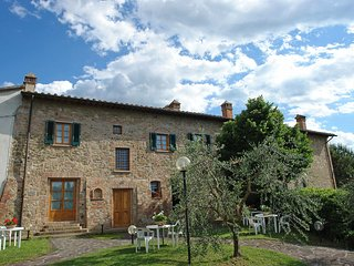 Nice Condo with Shared Outdoor Pool and Television - Gambassi Terme vacation rentals