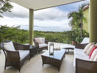 Perfect Condo with Internet Access and A/C - Playa Conchal vacation rentals