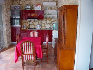 2 bedroom Apartment with Internet Access in Tribanj - Tribanj vacation rentals