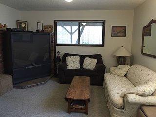 Killington Vermont- 2 Bedroom/1Bath. Right in the heart of Ski country! - Killington vacation rentals
