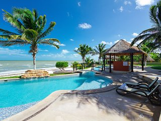 Emerald Coast oceanview condo with expansive central pool. - Telchac Puerto vacation rentals