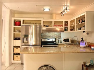 Penthouse walk to UCLA - Beverly Hills vacation rentals