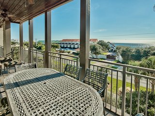 Third floor condo with Gulf views, rooftop deck with community pool and hot tub, short walk to beach - Open Air at Waterhouse - Alys Beach vacation rentals
