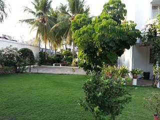 Charming Bungalow with Parking and A/C - Mettupalayam vacation rentals