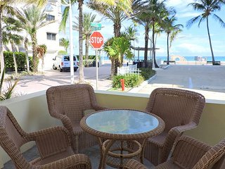 Beachside Hollywood Beach and Boardwalk Studio for 3 Seabreeze #3 - Hollywood vacation rentals