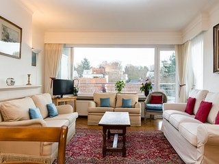 Spacious and cozy flat in the hart of Uccle area! - Uccle vacation rentals