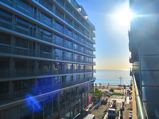 Ashley&Parker - TROIS PROMENADE - balcony and sea view, lively neighbourhood - Nice vacation rentals