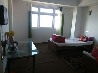 2 bedroom Condo with Internet Access in Darjeeling - Darjeeling vacation rentals