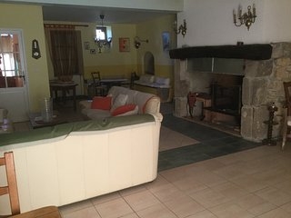 Nice House with Hot Tub and Television - Varilhes vacation rentals