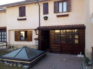 Villa Luca: Neve sole sport e relax in montagna - Rocca di Mezzo vacation rentals