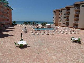 Beach Cottage Condominium 2202 - Farafra vacation rentals