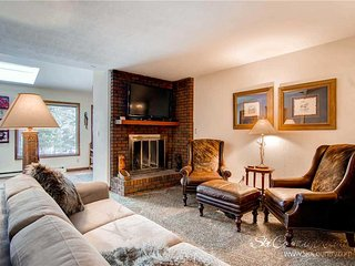 Sunset Townhomes 13 by Ski Country Resorts - Breckenridge vacation rentals
