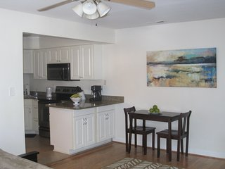Beautiful 1st floor condo short walk from the Beach, famous Boardwalk and ..... - Virginia Beach vacation rentals