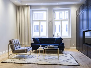 Elegant Modern Studio in the Centre of Helsinki - Helsinki vacation rentals
