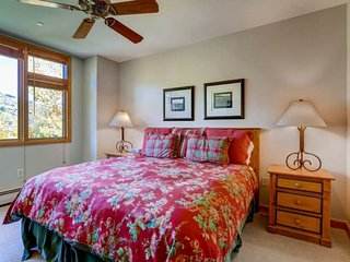 Comfortable 3 bedroom Beaver Creek Apartment with Elevator Access - Beaver Creek vacation rentals