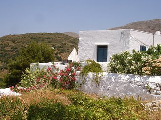 Charming old village house with gorgeous views of mountain and sea. - Aegiali vacation rentals