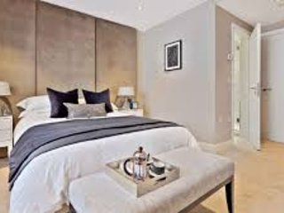 Warm, brand new 2 bed flat with 8th floor views - Croydon vacation rentals