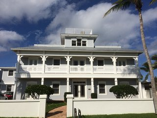 Sunrise Sunset Spectacular - Rooftop and Crow's Nest Intracoastal Views!!!! - West Palm Beach vacation rentals