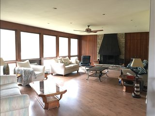 Perfect 6 bedroom House in South Haven - South Haven vacation rentals