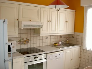Bright 3 bedroom Wissant Gite with Internet Access - Wissant vacation rentals