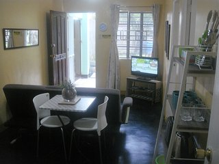 BEST VALUE 1 [Kitchen Garden 2Beds] Angeles Apart - Angeles vacation rentals