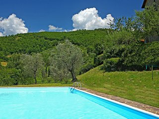 Comfortable 2 bedroom Rufina Condo with Shared Outdoor Pool - Rufina vacation rentals