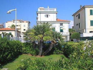 Comfortable 2 bedroom Apartment in San Vincenzo - San Vincenzo vacation rentals