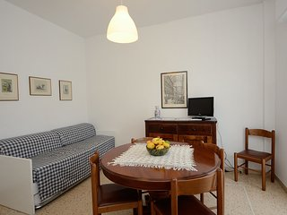 Nice Condo with Internet Access and A/C - Pietra Ligure vacation rentals