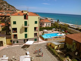 Cozy 1 bedroom Apartment in Finale Ligure with Internet Access - Finale Ligure vacation rentals