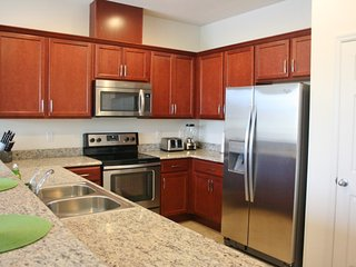 4/3 Townhouse in Compass Bay with Lake View - Kissimmee vacation rentals