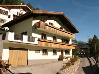 Cozy 2 bedroom Condo in Sankt Anton Am Arlberg with Internet Access - Sankt Anton Am Arlberg vacation rentals