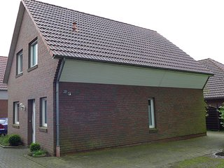 Nice House with Television and Microwave - Jever vacation rentals