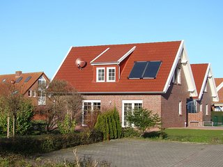 Cozy 3 bedroom House in Nessmersiel with Internet Access - Nessmersiel vacation rentals