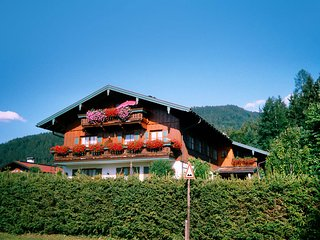 Perfect 1 bedroom Apartment in Oberwasser with Television - Oberwasser vacation rentals