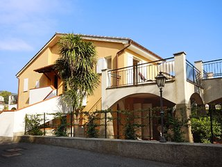 1 bedroom Apartment with Internet Access in San Bartolomeo al Mare - San Bartolomeo al Mare vacation rentals