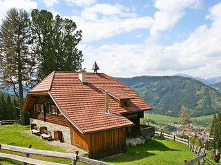 Spacious 4 bedroom House in Murau with Balcony - Murau vacation rentals