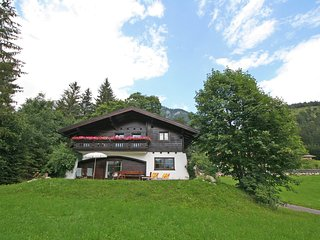 Spacious 5 bedroom House in Haus - Haus vacation rentals