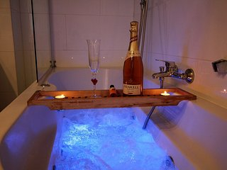 Romantic Living #6044.1 - Margareten vacation rentals